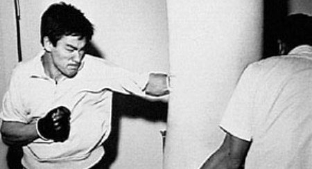 bruce lee training