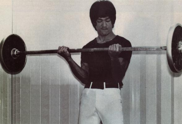 bruce lee weight training